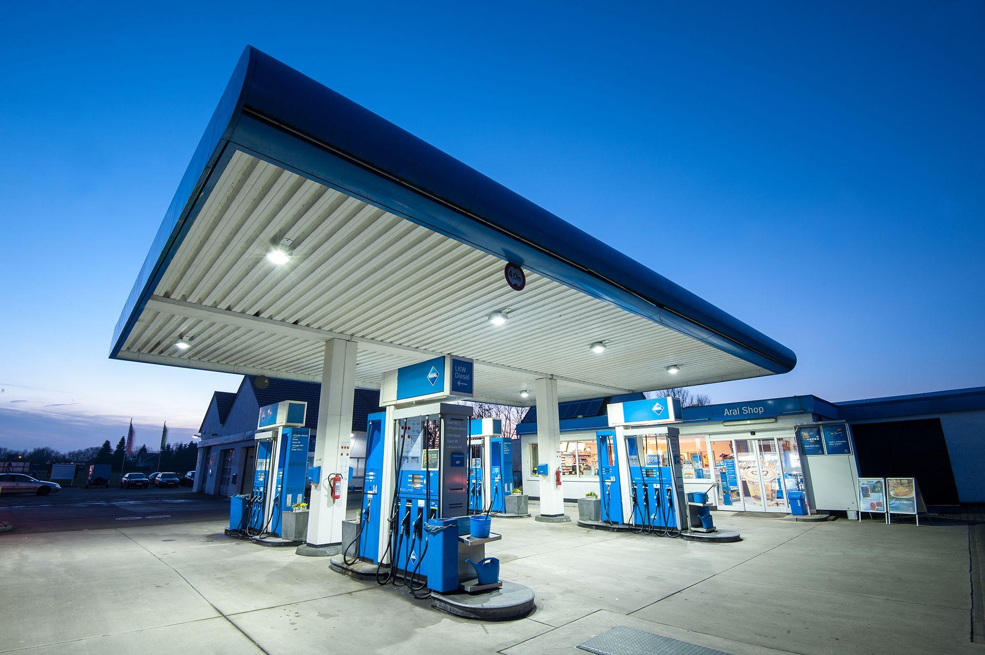 autoservice-hansen_aral_tankstelle-premiumkraftstoffe-werkstatt-vermietung-slider